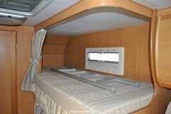 Riviera_130_inside_upper_bunk_bed_rez
